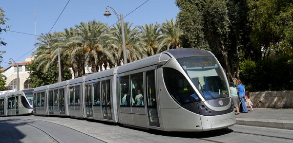 Egged set to be barred from operating Jerusalem light rail