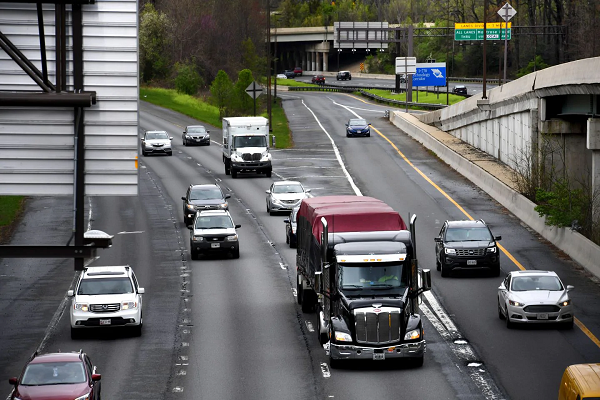 Maryland plan to widen I-270 first could make traffic worse, toll lane advocates say