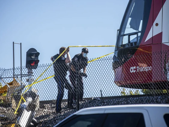 More LRT problems as train derails; city doesn't think incident related to Aug. 8 derailment